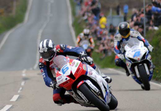 TT Isla de Man: Michael Dunlop vence en Supersport (Race1) y Superstock