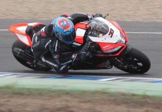 Marco Melandri ya rueda con la Aprilia