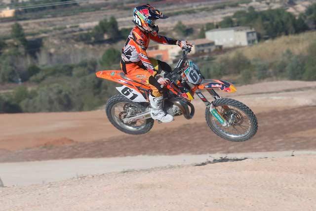 Jorge Prado, ganador MX85 Albaida. Fotografía Lluis Llurba