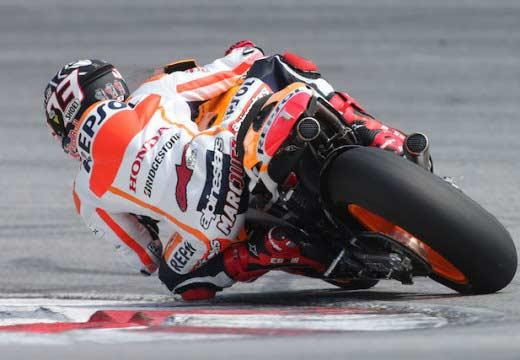Márquez sigue dominando en el segundo día de test en Malasia