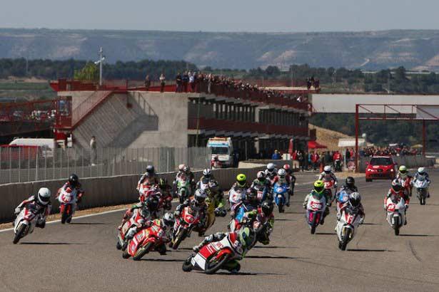 Salida Pre Moto 3- Pre GP125 Alcarràs 2013