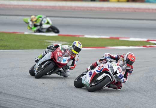 WSBK Malasia 2014: VD Mark vence en Supersport y amplía su liderato