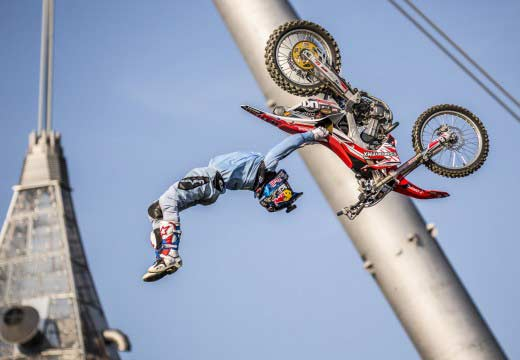 Josh Sheehan vence en Múnich 2014 Red Bull X-Fighters