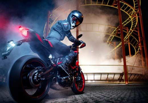 Nuevas Yamaha XJR1300 y MT-07 MotoCage en el Intermot